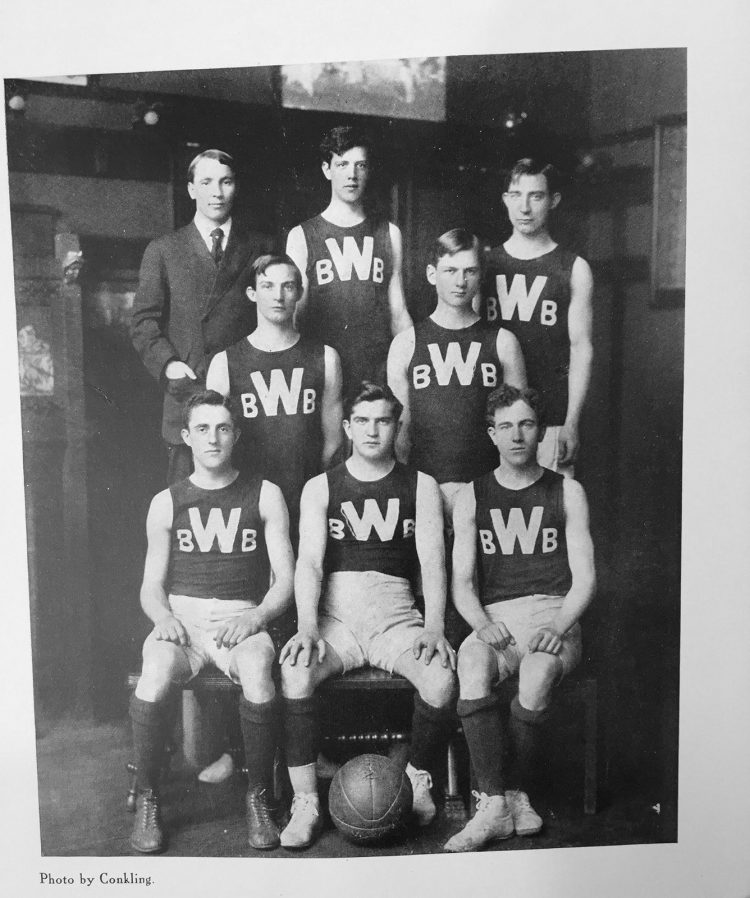 kiku-obata_trolling-wash-us-athletics-archives_03