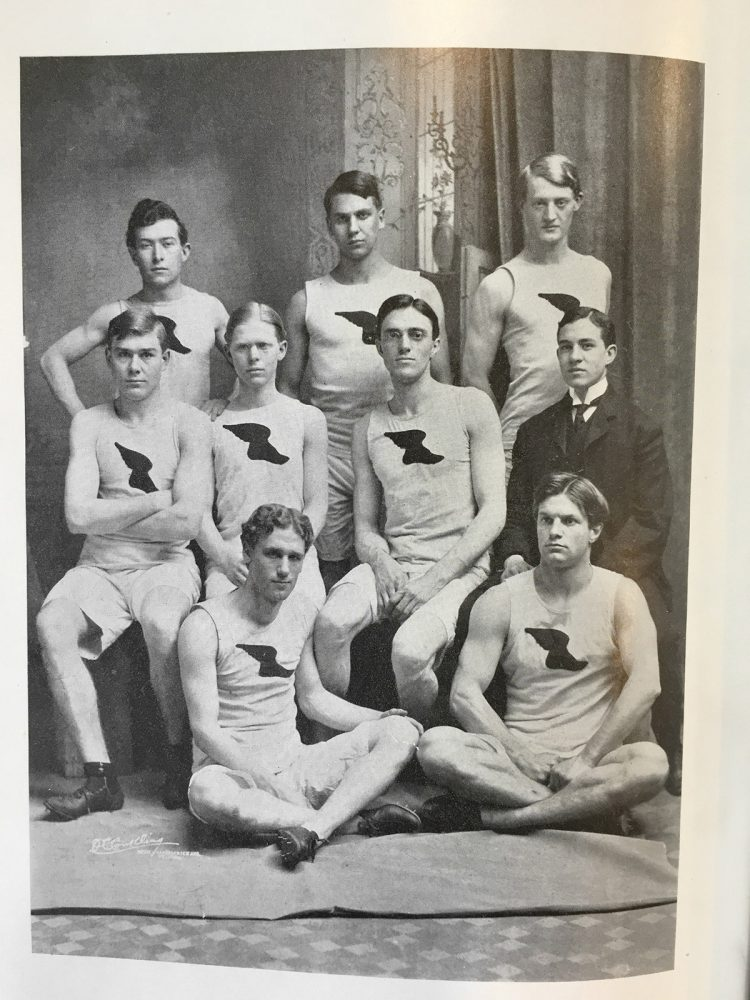 kiku-obata_trolling-wash-us-athletics-archives_04